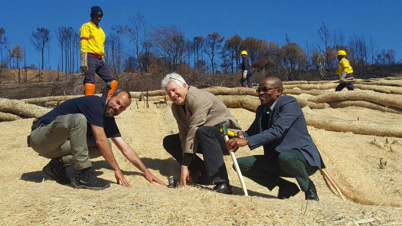 Minister and Mayor visit Knysna sites