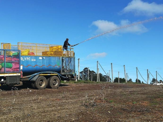 Hydro seeder truck