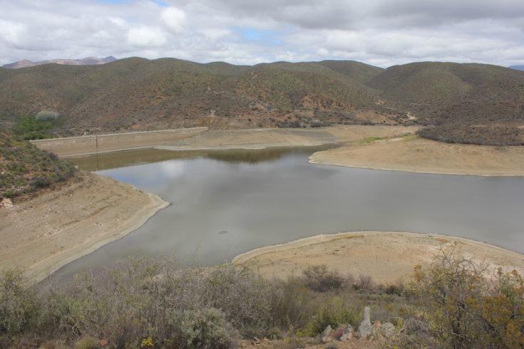 Bevry rivierstelsels in die Suid-Kaap van indringerplante